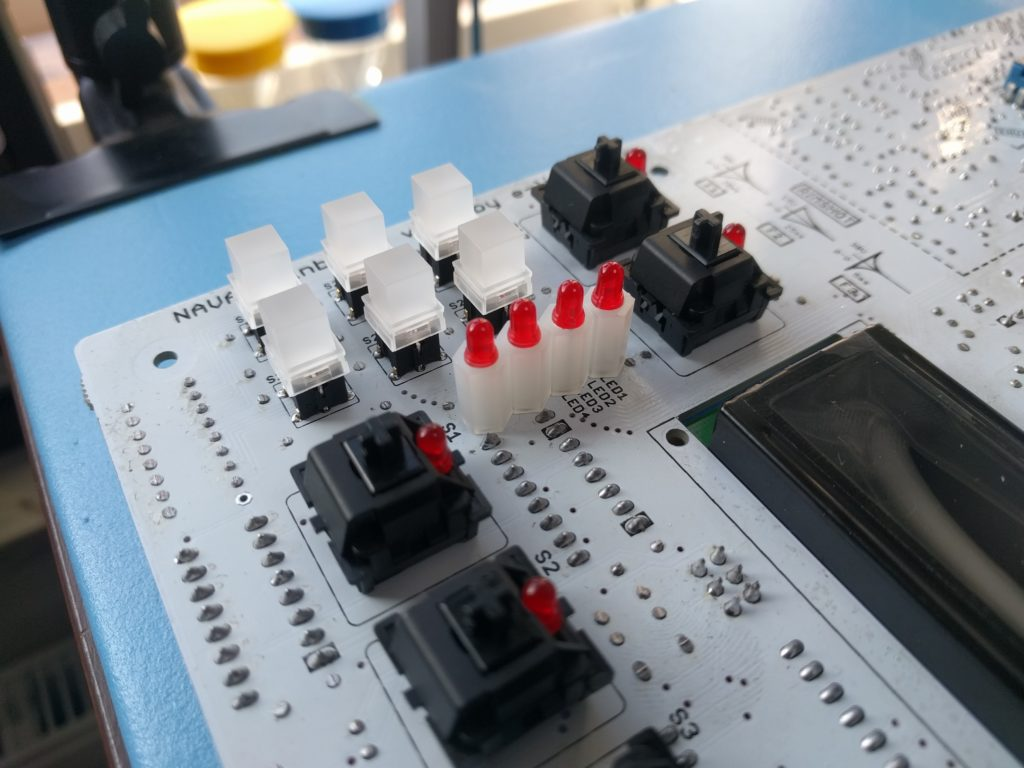 Building the Nava #12 – Soldering the Sequencer